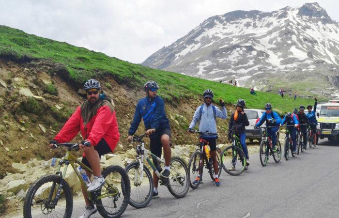manali leh cycling
